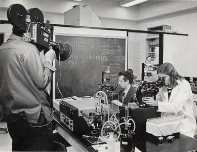 Filming Howard Temin in the lab