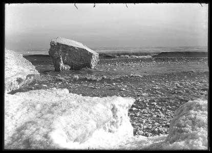 Lake Michigan - icebergs - January