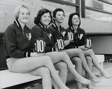 UW-Parkside women's swim team