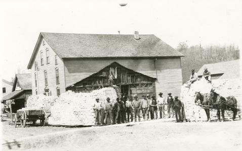 Roth Tavern and Hotel