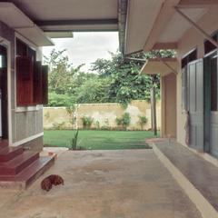 Breezeway, Nongduang house
