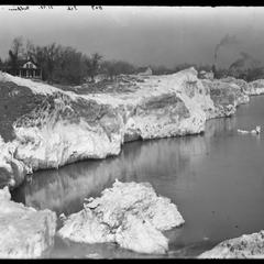 Lake Michigan - ice - northwest from Calkins - far