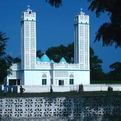 Mosque Near Sapu