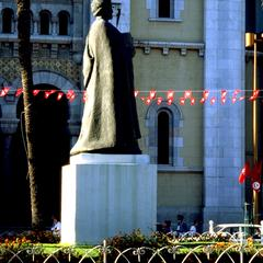 Statue of Ibn Khaldun (1332-1406 CE) on Avenue Bourguiba, Tunis