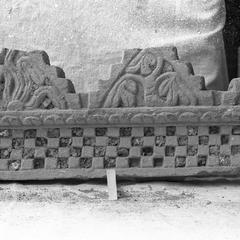 NG172b, Cornice Fragment