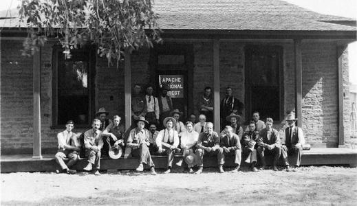 Apache National Forest rangers' meeting (AL front row, 5th from R), Springerville, Arizona, 1910