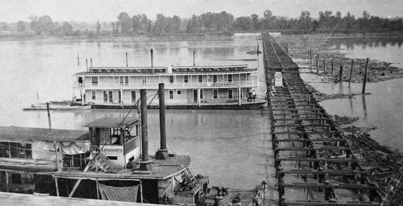 Leavenworth (Towboat, 1908-1918)