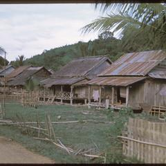 Muang Kasy : the town--homes