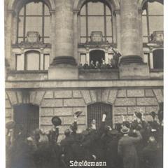Scheidemann verkündet von dem Fenster des Reichstaggebäudes die Deutsche Republik!