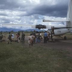 Unloading airplane