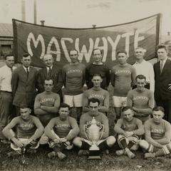 MacWhyte soccer team