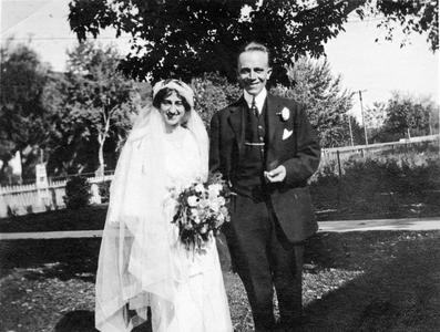 Wedding day of Aldo Leopold and Estella Bergere, October 12, 1912, Santa Fe, New Mexico