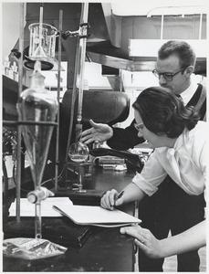 Science lab at UW Marathon County