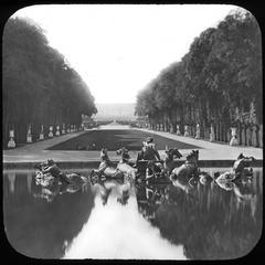 Paris basin of Apollo
