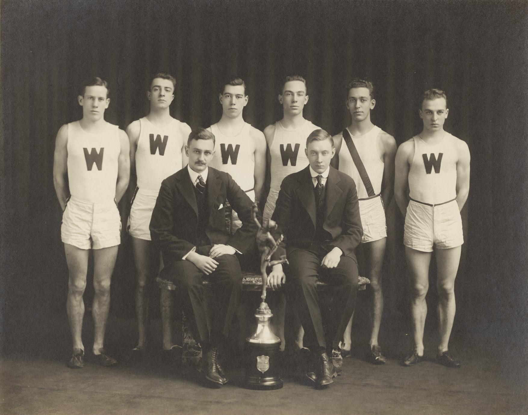 Cross country team 1915-1916