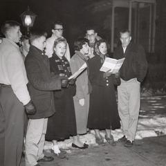 Students caroling, Manitowoc, 1956