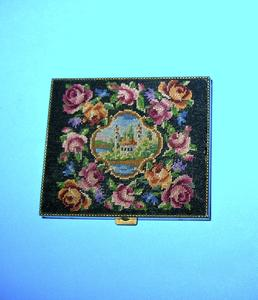 Petit point powder compact