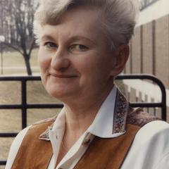 Emeritus English professor Pat Roby faculty headshot