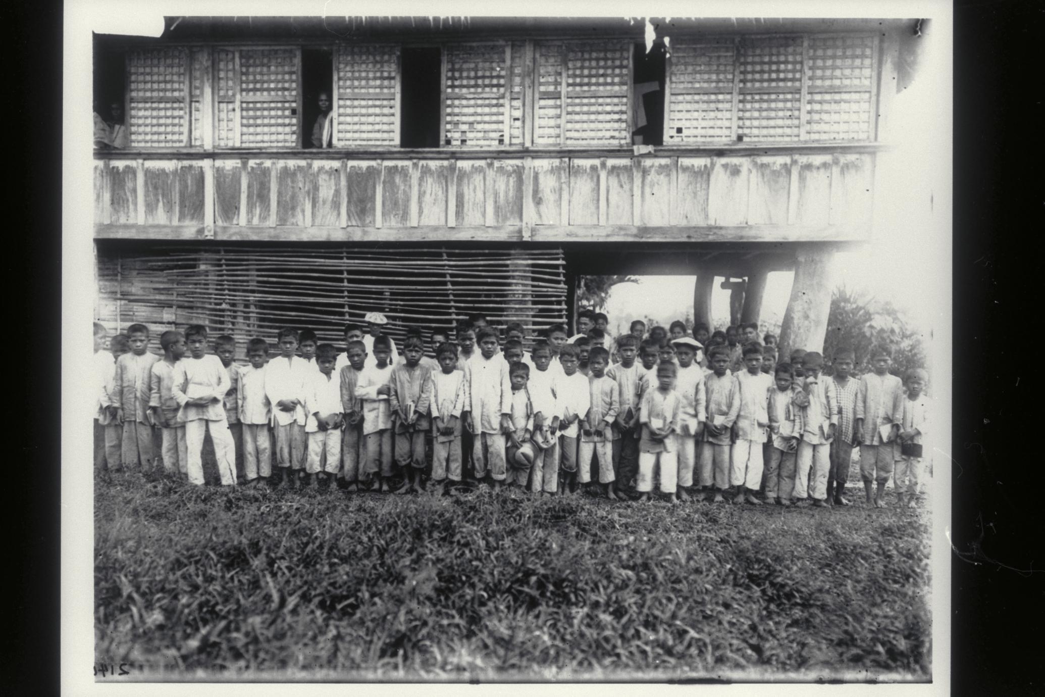 Filipino school children, Bacon, 1901