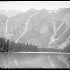 Avalanche basin