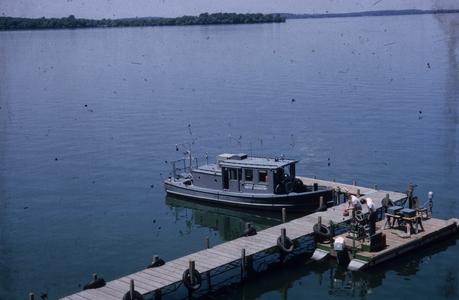 UW water chemistry boat