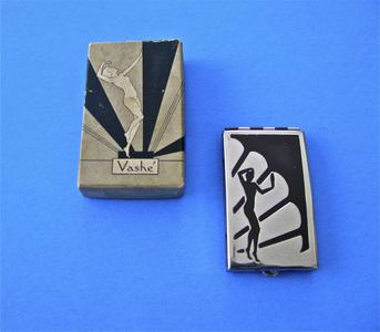 Vashe Art Deco compact with cover