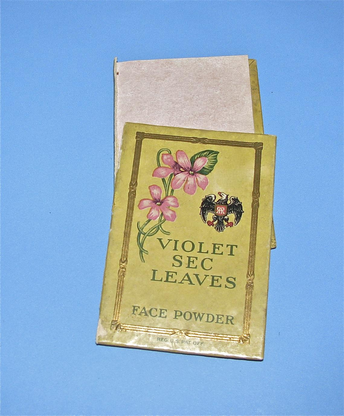 Richard Hudnut book of Violet Sec Leaves face powder