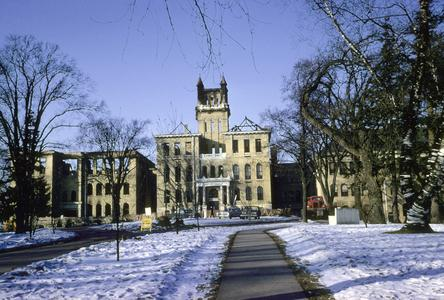 Old Main (Whitewater, WI)