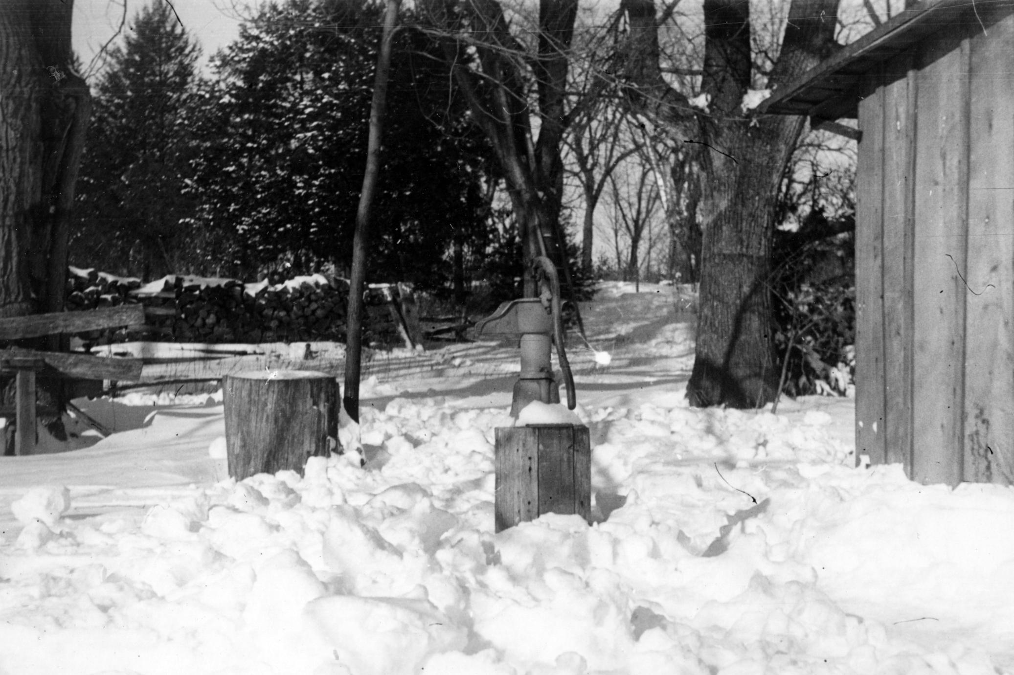 Shack pump in winter