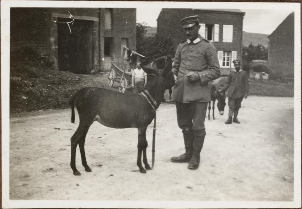 Hans Dünel i. St. Pieere u. Ernst Toni