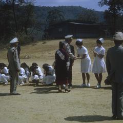 King and Queen meet American nurses