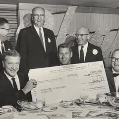 Elroy Hirsch receives check