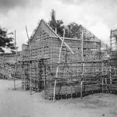 Constructing a Guardhouse for Kuba-Bushong Royalty