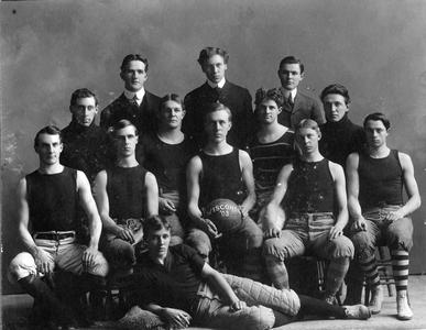 Men's 1903 Basketball team