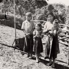 A White Hmong family in Houa Khong Province
