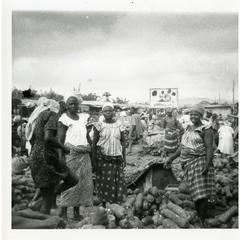 Ilesa market yam traders