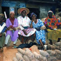 Yam traders and their wares