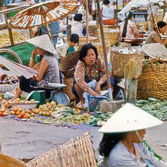 Morning Market 3