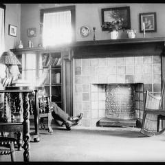 Living room - Bronson Court