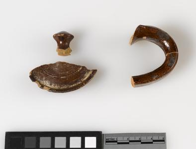 Teapot lid and handle fragments