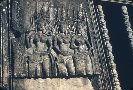Angkor Wat : apsaras