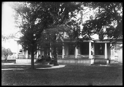 Z. G. Simmons residence