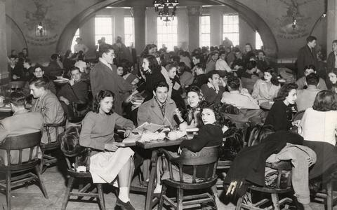 Students at the Rathskeller