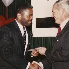 Stanley Stallworth receives 1990 Dean's Outstanding Achievement Award from law school