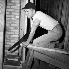 Veterans build own homes