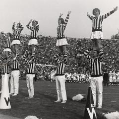 UW Cheerleaders at the Rose Bowl