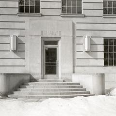 Entrance of old McArdle Laboratories