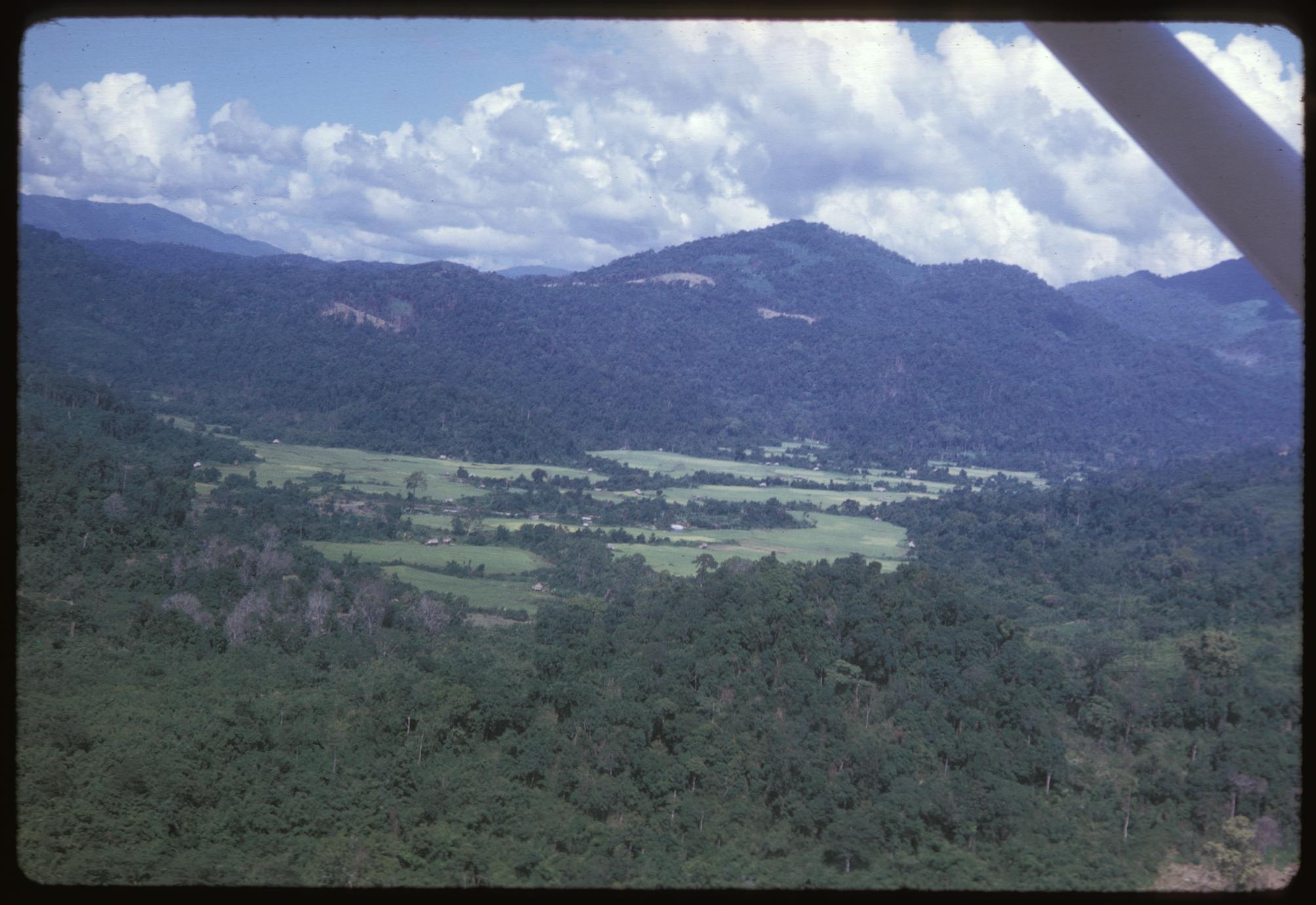 Air views--return to Huayxay