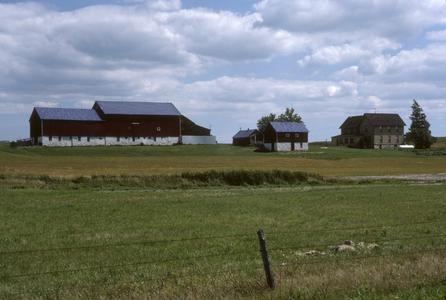 Farmstead and farmland, Pipe area