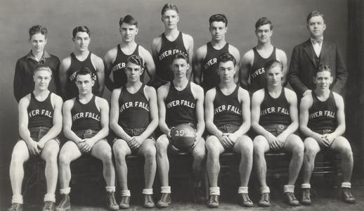 Basketball team, 1930